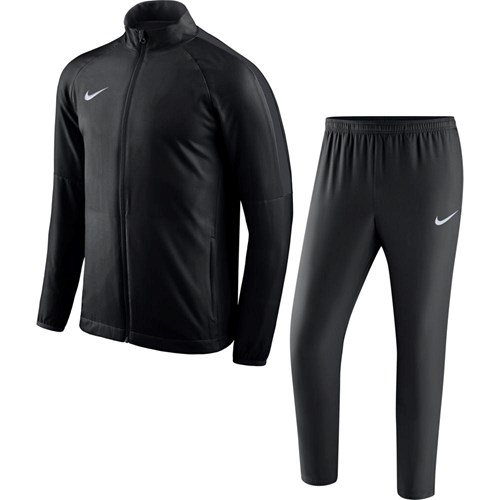 Nike dragt junior